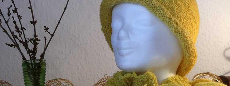 Überwurf, Mütze, Schal oder spinnen, färben, stricken.