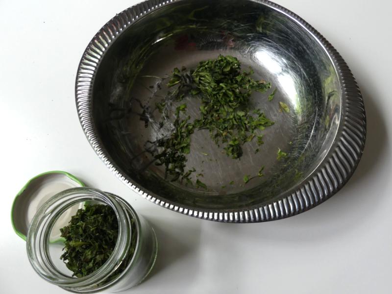 Getrocknetes aus dem Kräutergarten