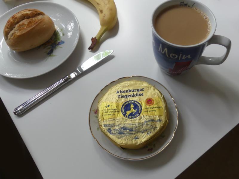 Frühstück mit Altenborjer Zeechenkase